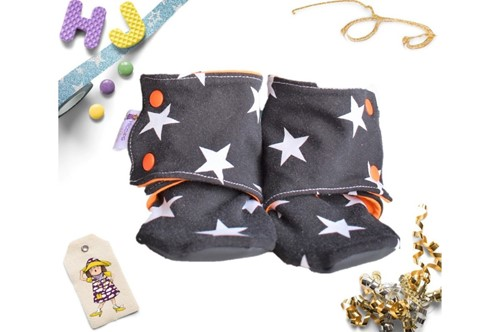 Click to order 18-24m Summer Stay on Booties Black Stars now