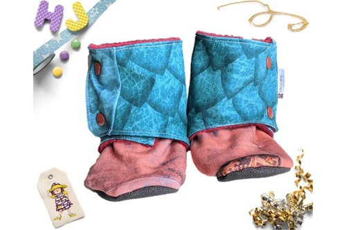Click to order 18-24m Fleece Stay on Booties Dragon Scales now