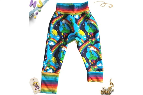 Click to order Age 1-4 Grow with Me Pants Dinocorns now