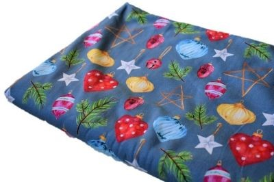 Click to order custom made items in the Deck the Halls fabric